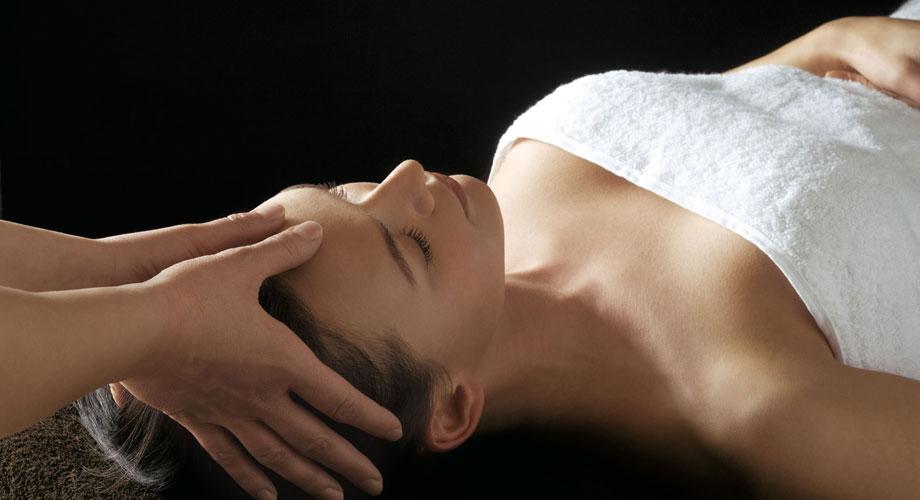 Техника хиромассажа позволяет в короткие сроки снять стресс