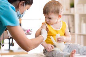 Прививки детям, прививка в Симферополе